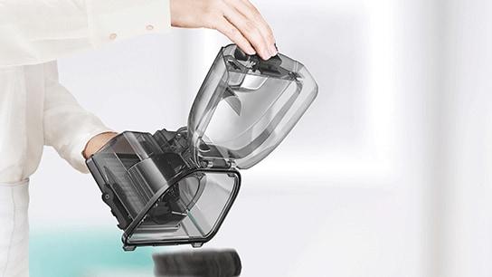 Convenient dust disposal